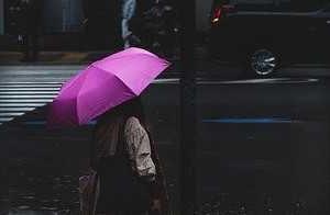 耳をすませて聞こうよ あの雨の音♪♪ オールディーズ「悲しき雨音」
