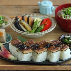 穴子の押し寿司と夏野菜献立