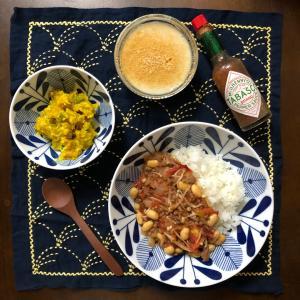 昨日のお夕飯☆チリコンカン&黒みつ豆乳ハチミツきなこ寒天