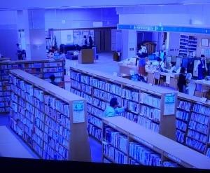 コロバト575 この図書館三密じゃないどこの街