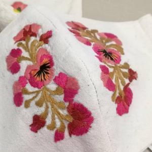 オアハカ刺繍マスクカバー種類豊富でテンションあがる!