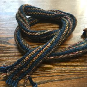 ストレッチ糸使用の  手織りストール?