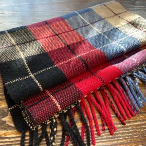 手織りのカシミヤマフラー  完成