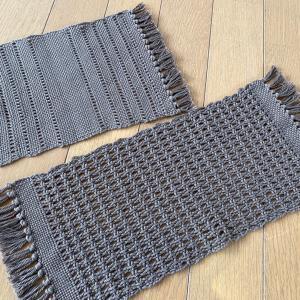 もじり織りで 2枚完成