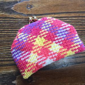 編み付ける口金を使った プランドプーリングのガマ口