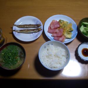 バランスの取れた100円朝食で満腹 ❕