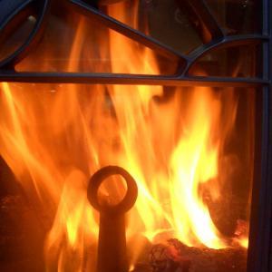 寒い❕3度目の慣らし焚き🔥良い炎だねー🔥