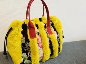 黄色×紫のバッグ