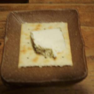 初めていただく、ヤギのチーズ