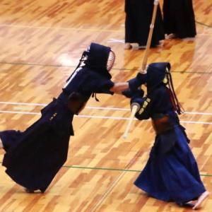 剣道大会と公園の秋