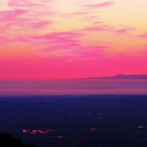 医王山から見る夜明け