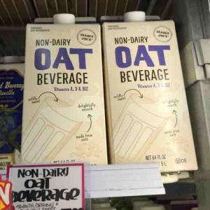 OAT MilkではなくOAT Beverage @ Trader Joe's ♪
