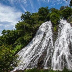 知床(1)オシンコシンの滝