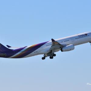 タイ国際空港のAirbus A330-300が出発です~✈、そしてコスモクロックみなとみらいの観覧車21