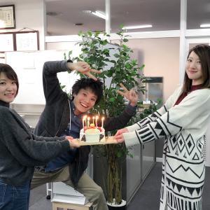 毎春恒例のランチ特集『春、ランチへ行こう』など、今月はなんと特集が全6本!!の4月号が発行!!!