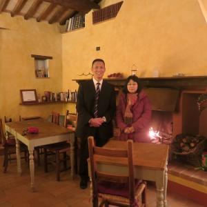 研究のための州庁・アグリトゥリズモ訪問での通訳、ウンブリア