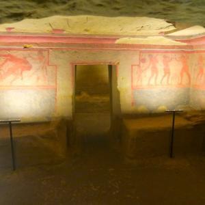 古代エトルリア墳墓とスフィンクス、トスカーナ キウーシ