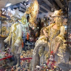 コロナウィルス北イタリアで感染拡大、ミラノ・ベネチア観光に影響