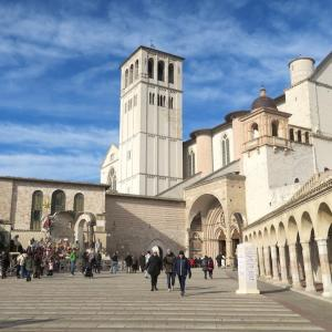 イタリア語学習メルマガ第125号「アッシジから伊首相と教皇の呼びかけ、聖フランチェスコの日に」