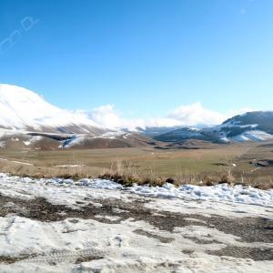 登山靴ありがとう雪のノルチャ・カステッルッチョ