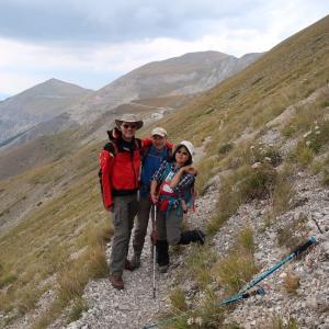 高峰へと尾根目指し歩けば眺め素晴らしく驚きの出会い、シビッリーニ山脈
