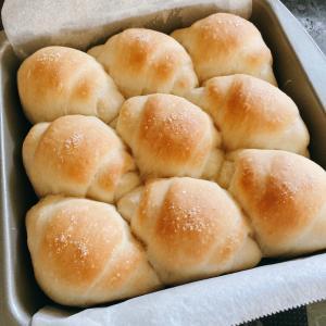 塩バターロールちぎりパン