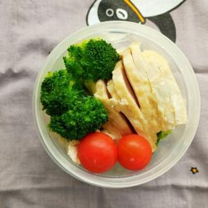 【月曜断食・1週目】6/5㈮蒸し鶏弁当