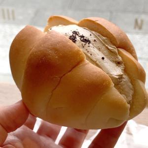 スカイツリーでペリカンのコーヒークリームロールパン