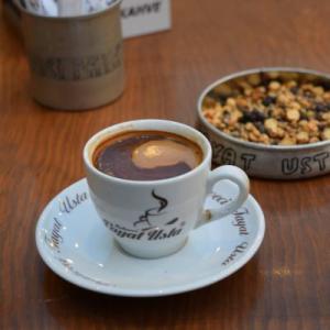 トルココーヒーを飲みながら(1日目を顧みる)。