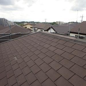 コロニアル屋根って塗るの??それとも・・・新しく葺き替えるの??
