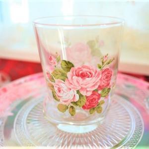女性が大好きな猫足&ピンクローズのフリーグラス♪キレイなガラスタンブラー☆