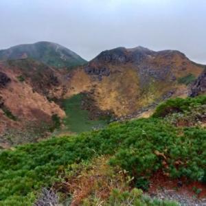 八甲田山ロープウェイ~田茂萢岳~赤倉岳~井戸岳を縦走しました。(その2)