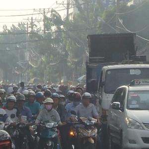 その3 7年前の今日 サイゴンの雑踏が好きだった当時 今はもうサイゴンの汚染空気の中で住めない!!