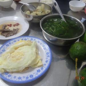 その3 たのしき夕食はいつもの四人会 LongKhanh市のコロナ発生場所詳細