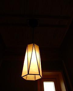 新築工事の照明器具 取付できました!