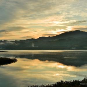 みちのく御所湖の朝景2