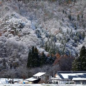 みちのく初雪に里山