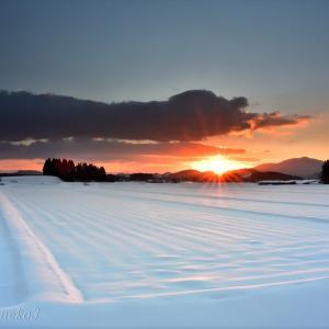 みちのく冬の朝陽景