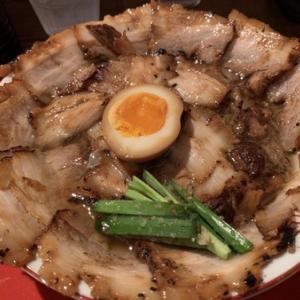 焼豚ラーメン肉盛り^ - ^