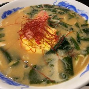 朝ラーは濃厚蟹スープラーメン(^。^)