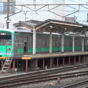 大雄山線の緑の電車