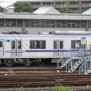 鷺沼の東京メトロ18000系