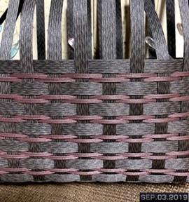 秋色のかごバック編み編み中
