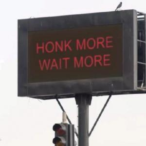 赤信号、90秒追加@ムンバイ