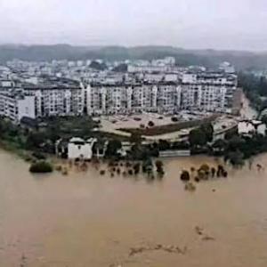 中国の洪水もヤバイ。