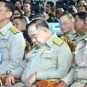 おいおい、タイはまた司法クーデターですかね