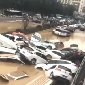 6300人水死@鄭州市