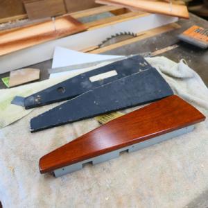 オーダー木製小物 シンセサイザーのサイドウッドパネル