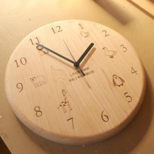 オーダー木製小物 卒園記念品掛け時計(保護者一同から園への贈呈用)