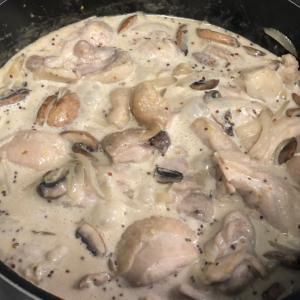 鶏とマッシュルームの粒マスタードクリーム煮